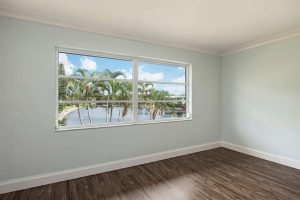 825 Ketch Drive 302 Naples FL-small-003-11-LivingView-666x445-72dpi